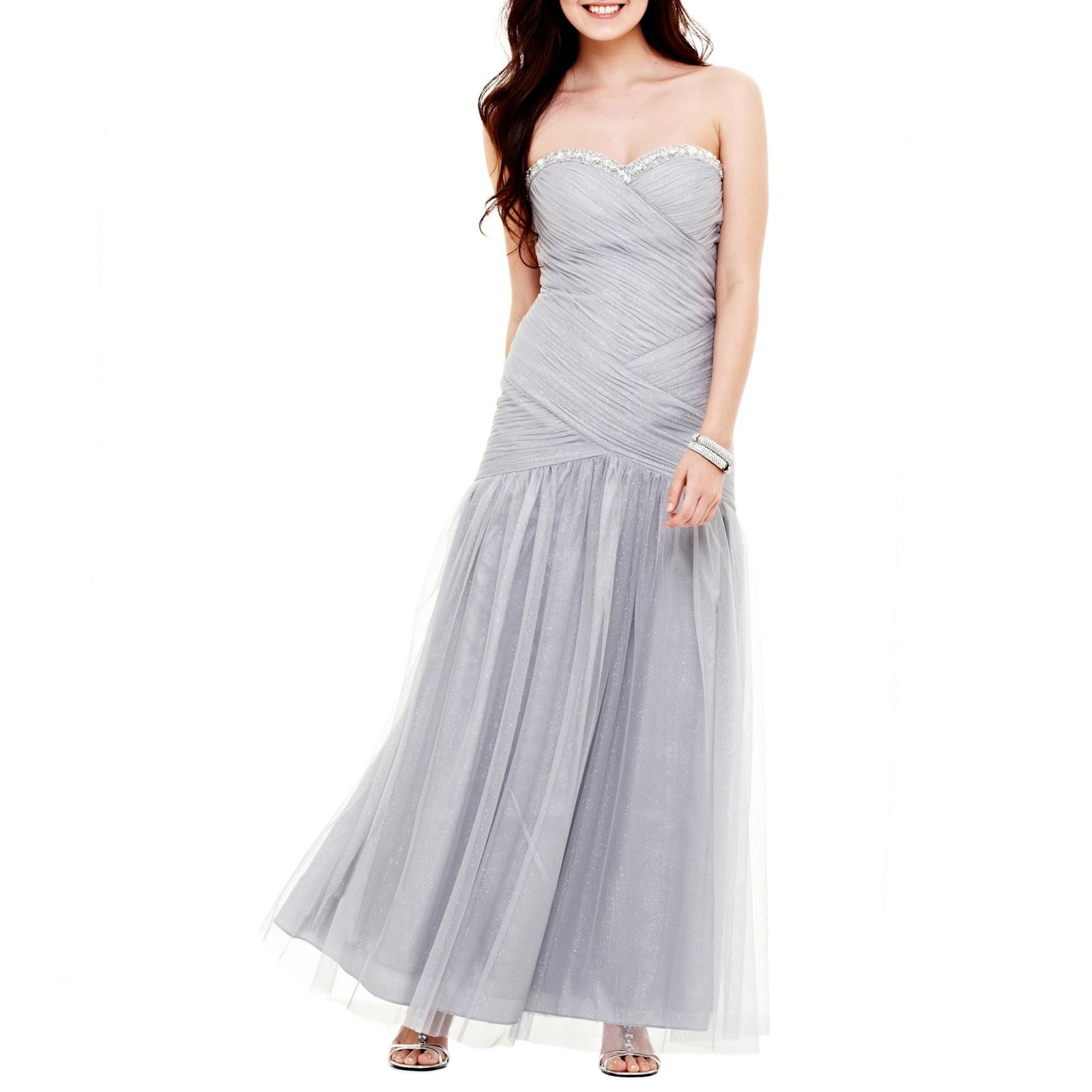 $200 wedding dresses photo - 1