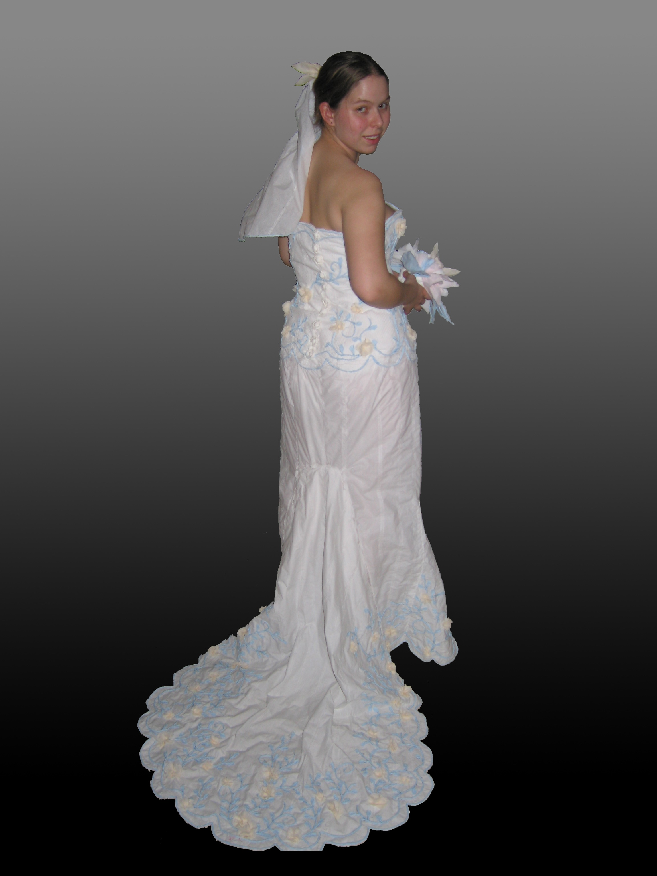 $500 wedding dresses photo - 1