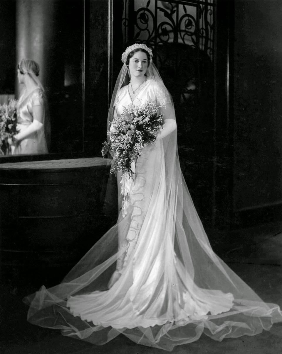 1930s wedding dresses photo - 1