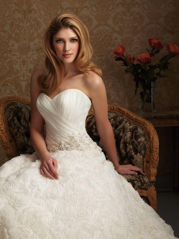 21 wedding dresses photo - 1