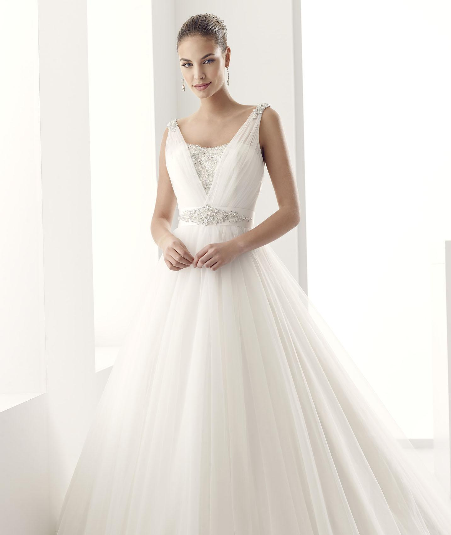a line wedding dresses with straps photo - 1