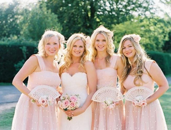 alternative to wedding dresses photo - 1
