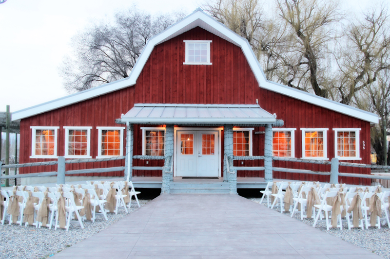 barn dresses wedding photo - 1