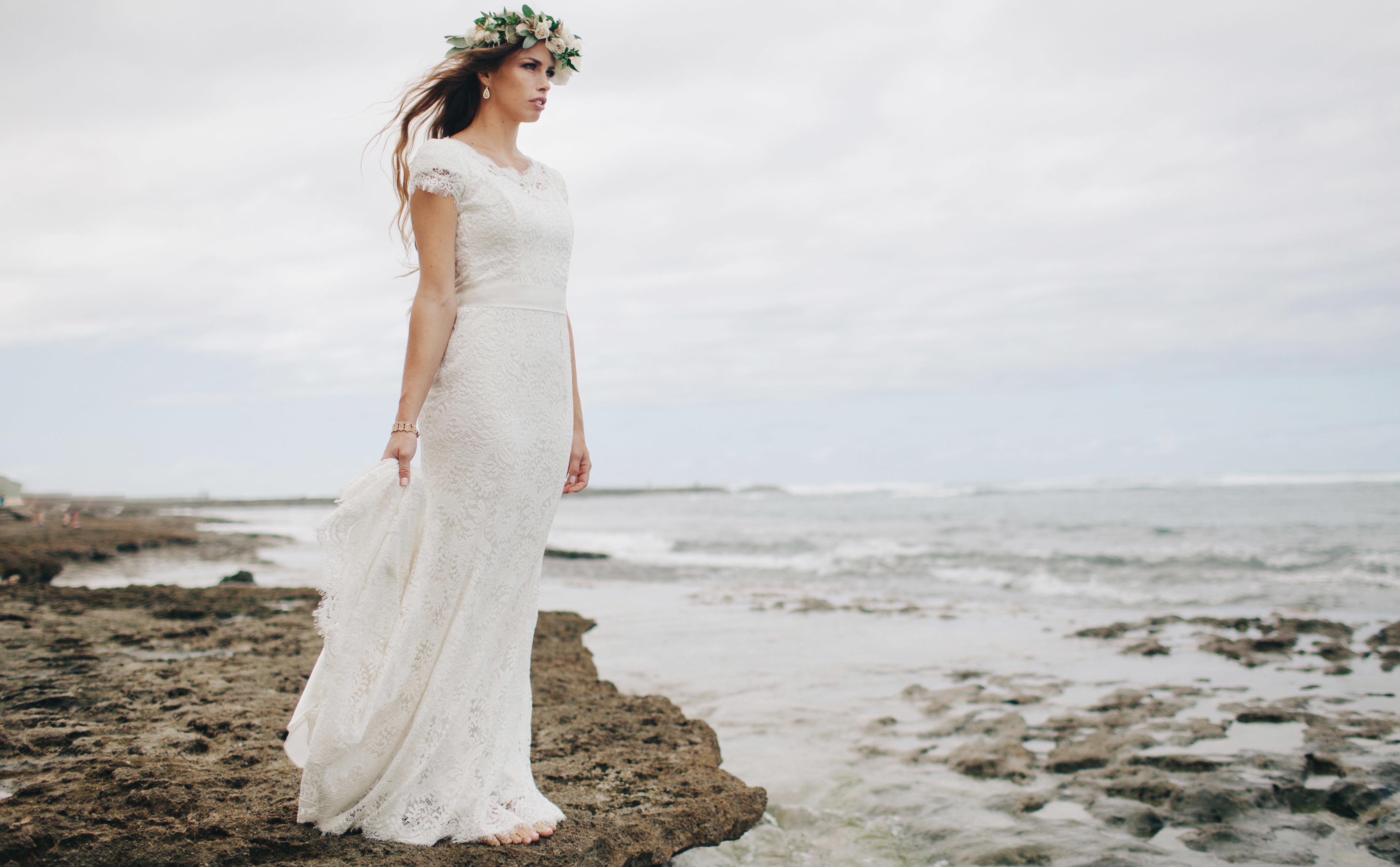 beautiful modest wedding dresses photo - 1