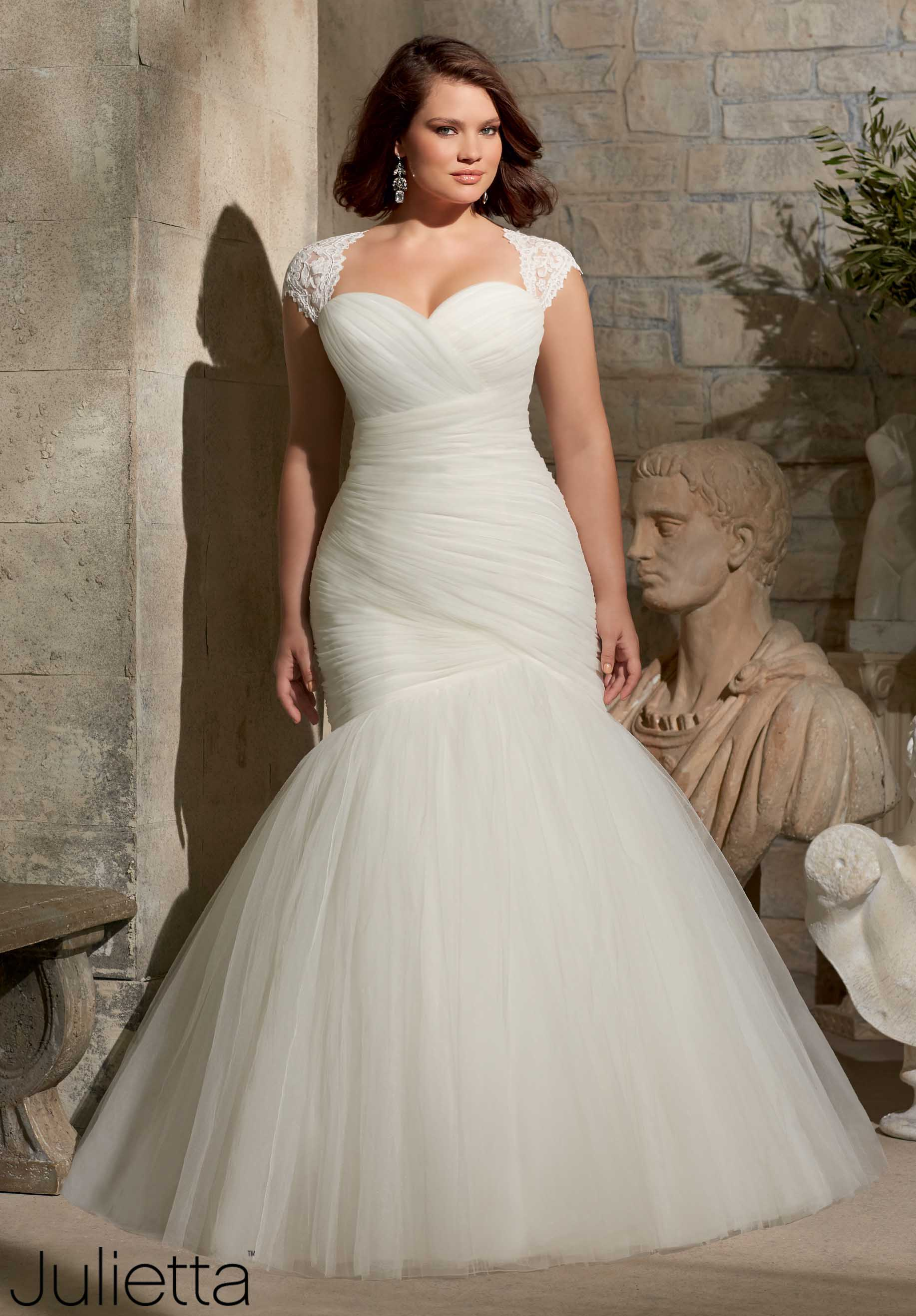 best wedding dresses for plus size photo - 1