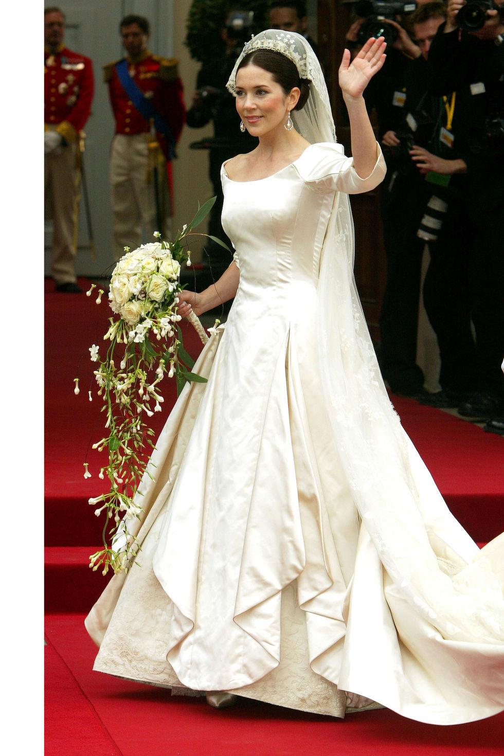 british wedding dresses photo - 1