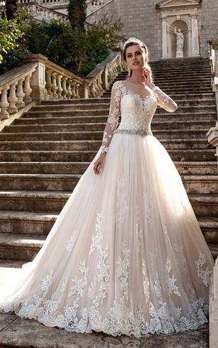 cheap lace wedding dresses under 200 photo - 1