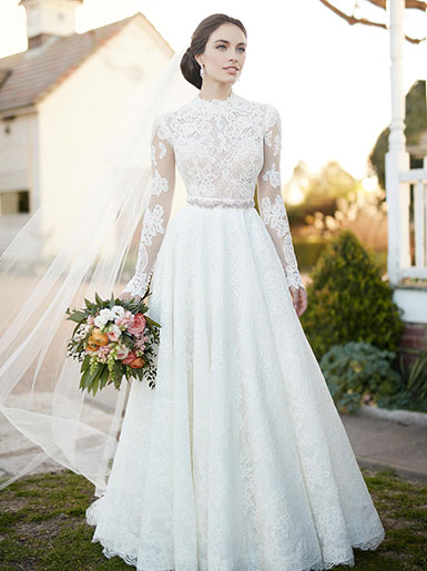 classic wedding dresses with sleeves photo - 1