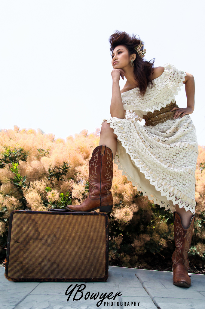cowboy boots with wedding dresses photo - 1
