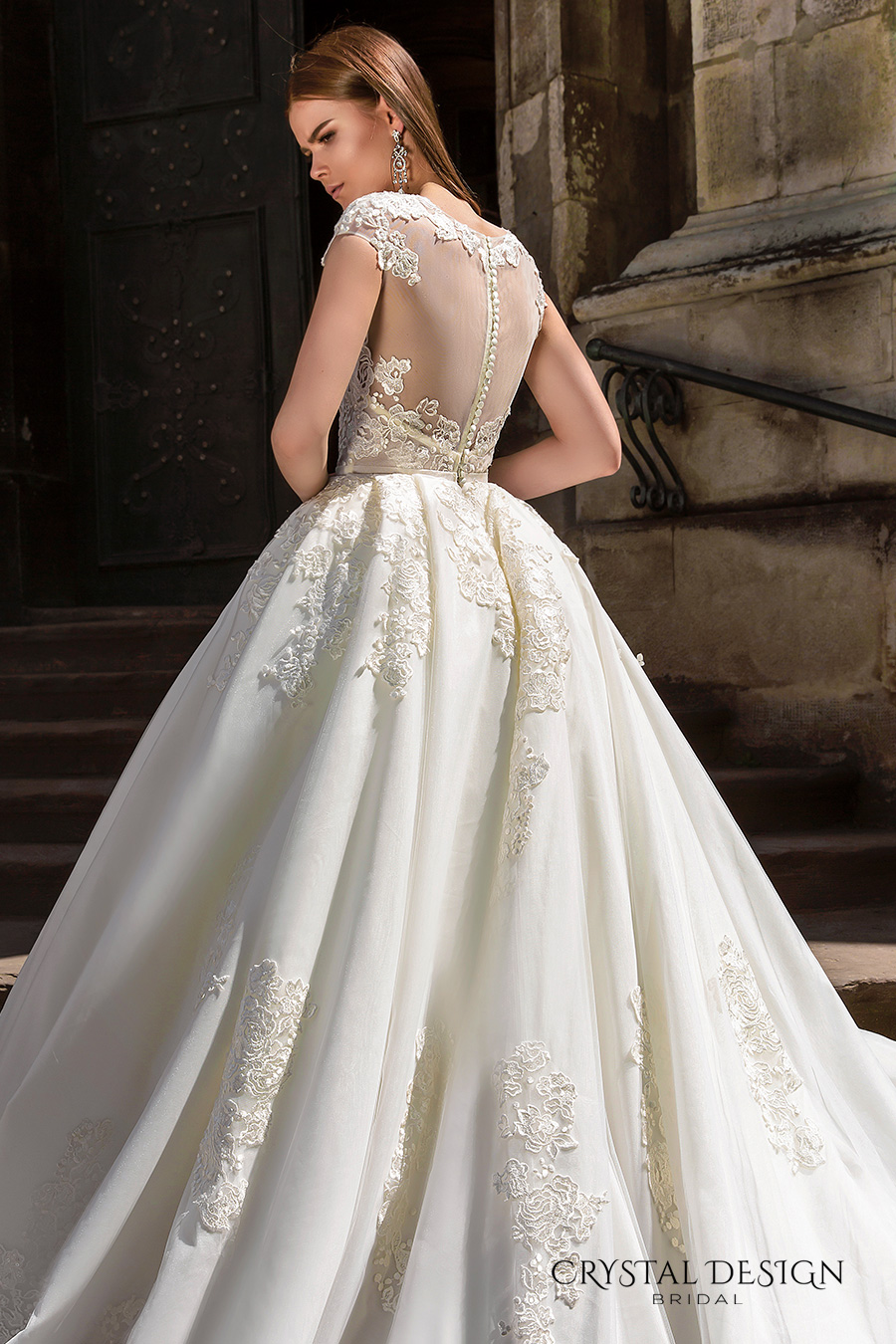 crystal wedding dresses photo - 1