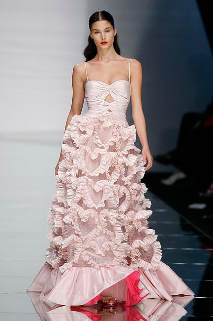 famous wedding dresses photo - 1