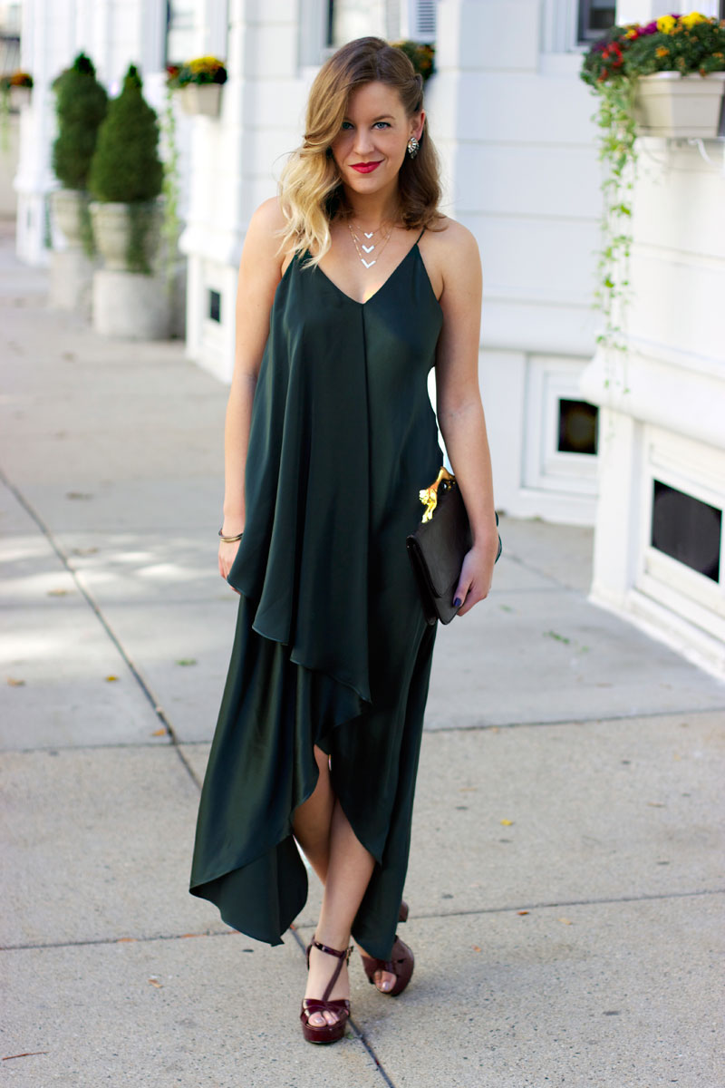fashionable dresses for wedding guests photo - 1