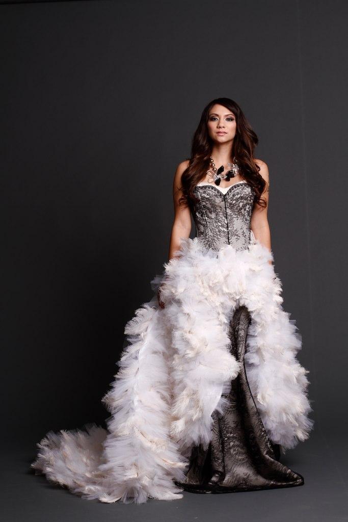 feather bottom wedding dresses photo - 1