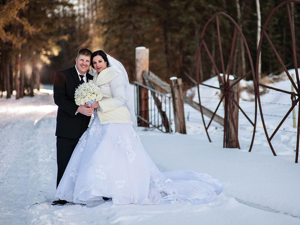 february wedding dresses photo - 1