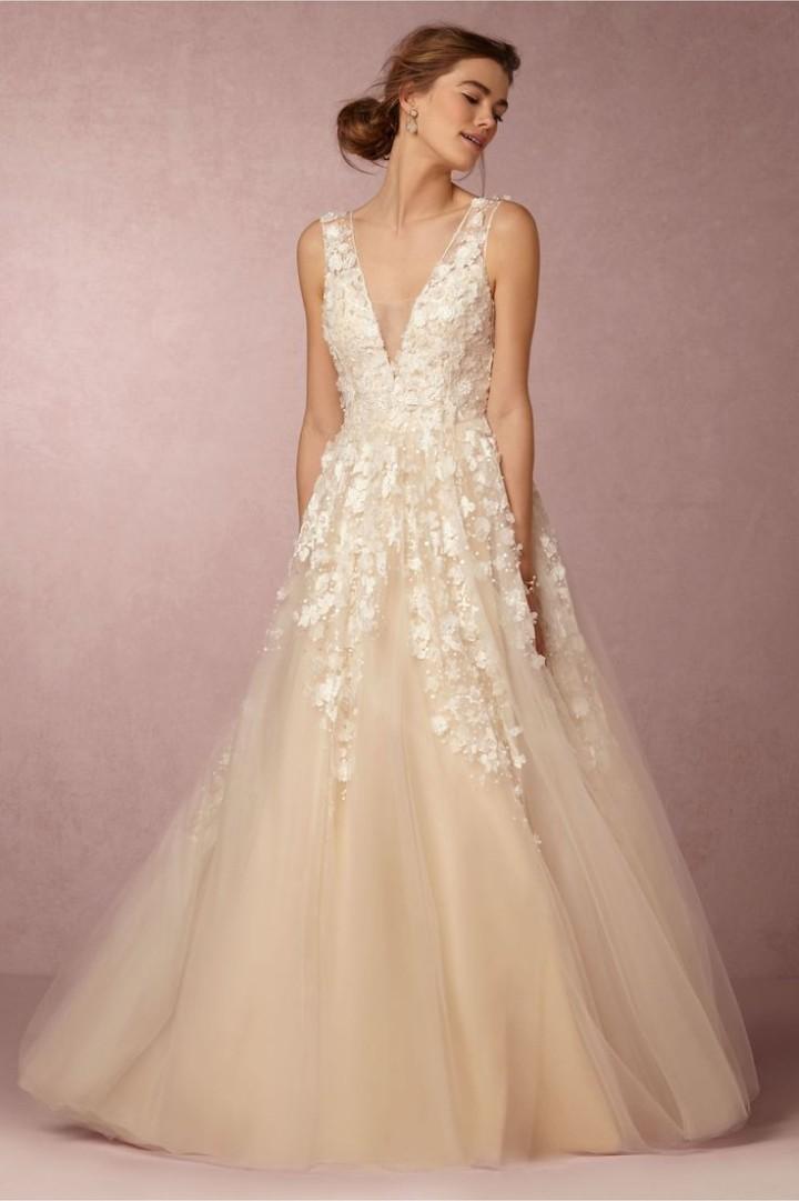feminine wedding dresses photo - 1