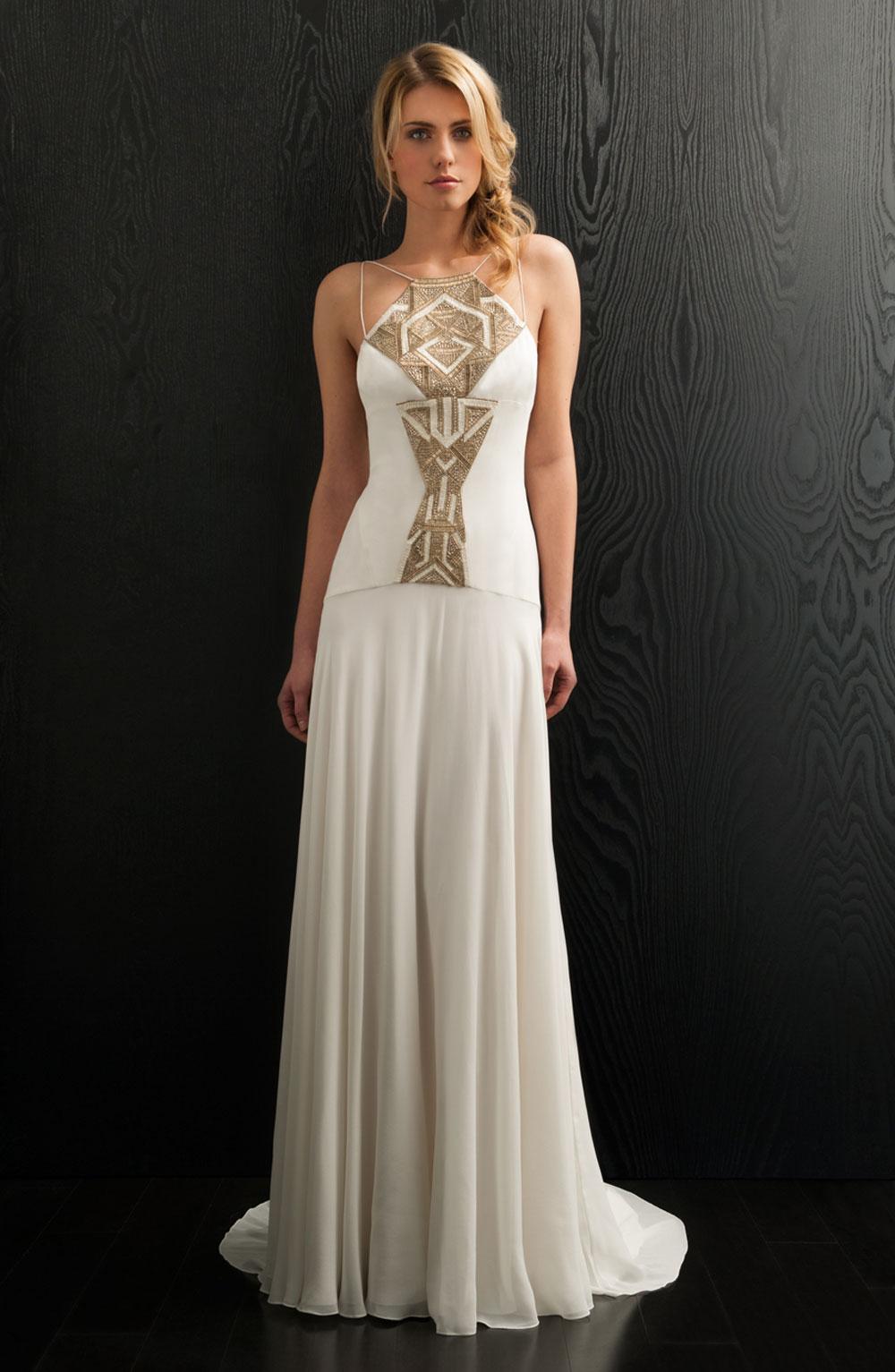 flattering wedding dresses photo - 1