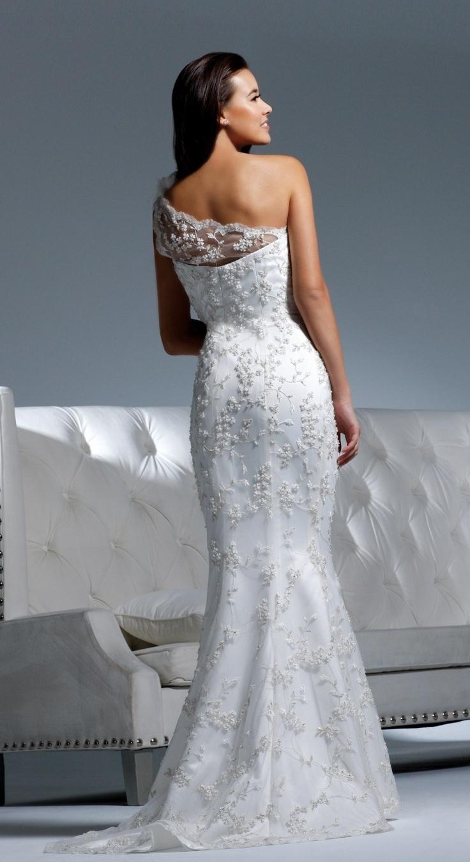 flowy wedding dresses photo - 1