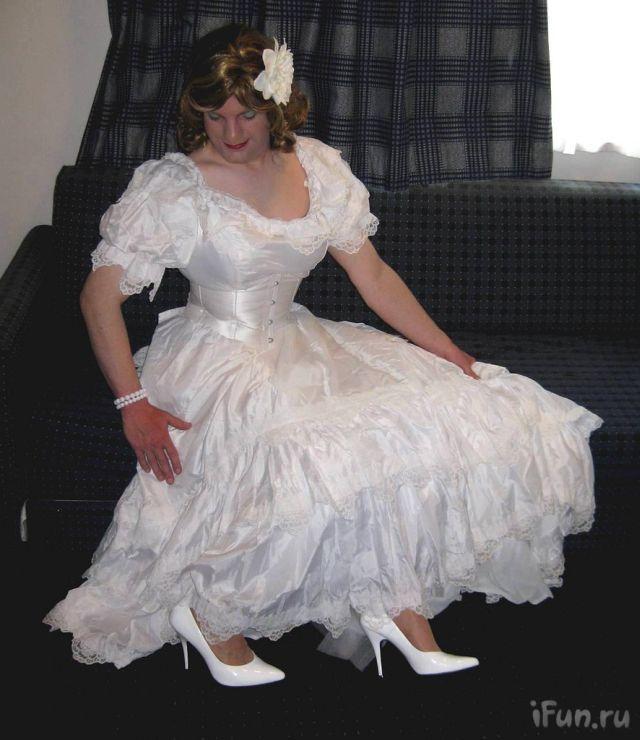 fun wedding dresses photo - 1
