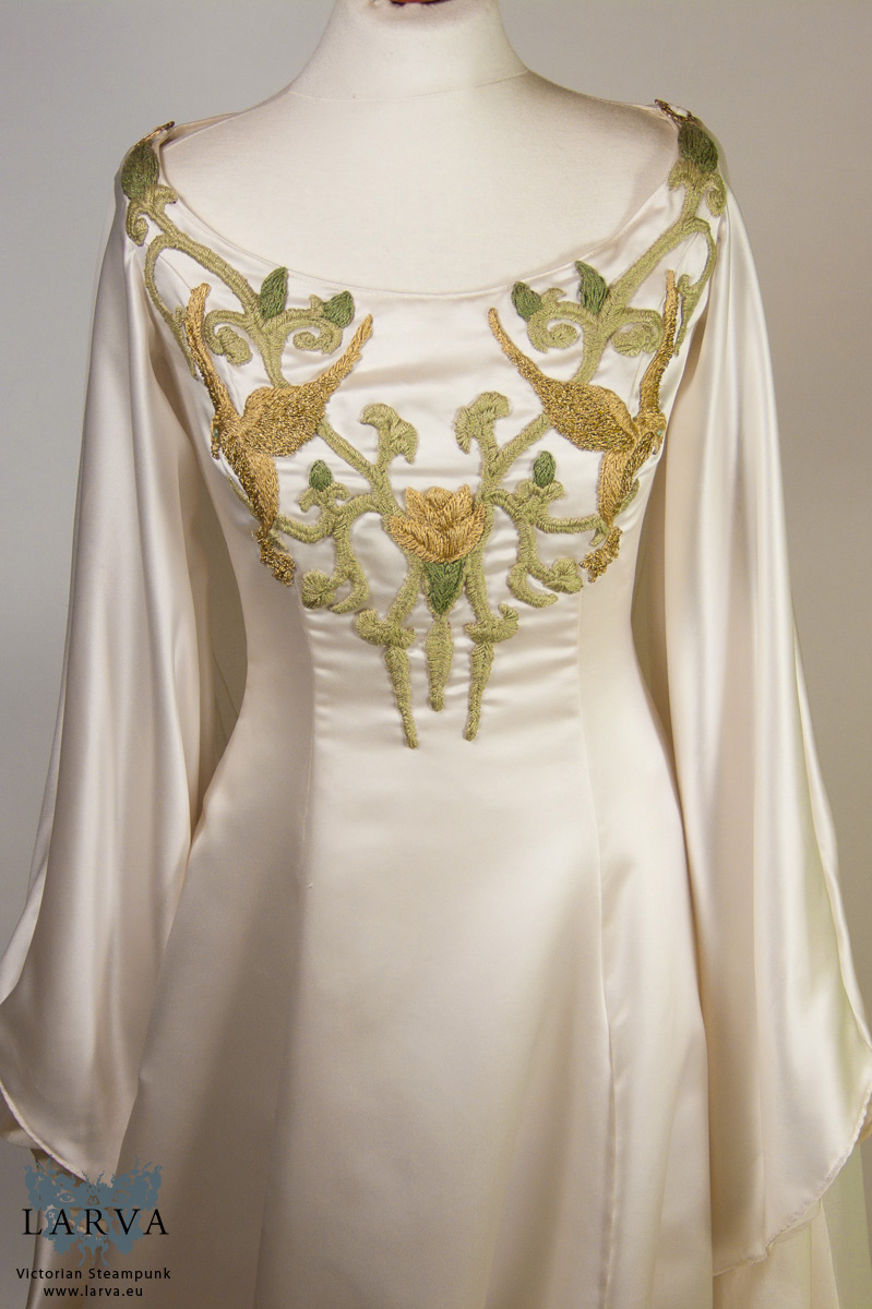gold wedding dresses 2015 photo - 1