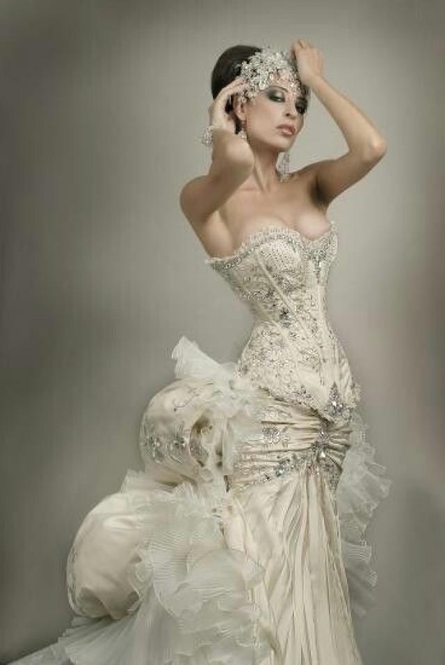 gothic corset wedding dresses photo - 1