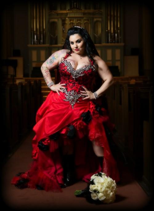 gothic style wedding dresses photo - 1