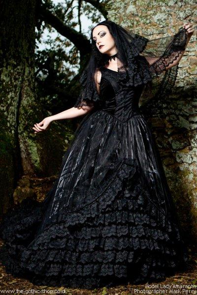 gothic wedding dresses plus size photo - 1