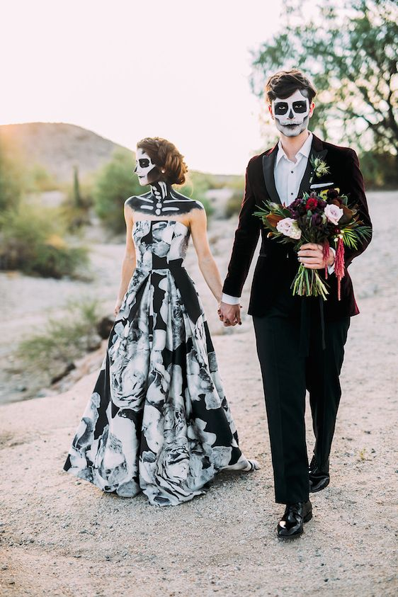 halloween wedding dresses photo - 1