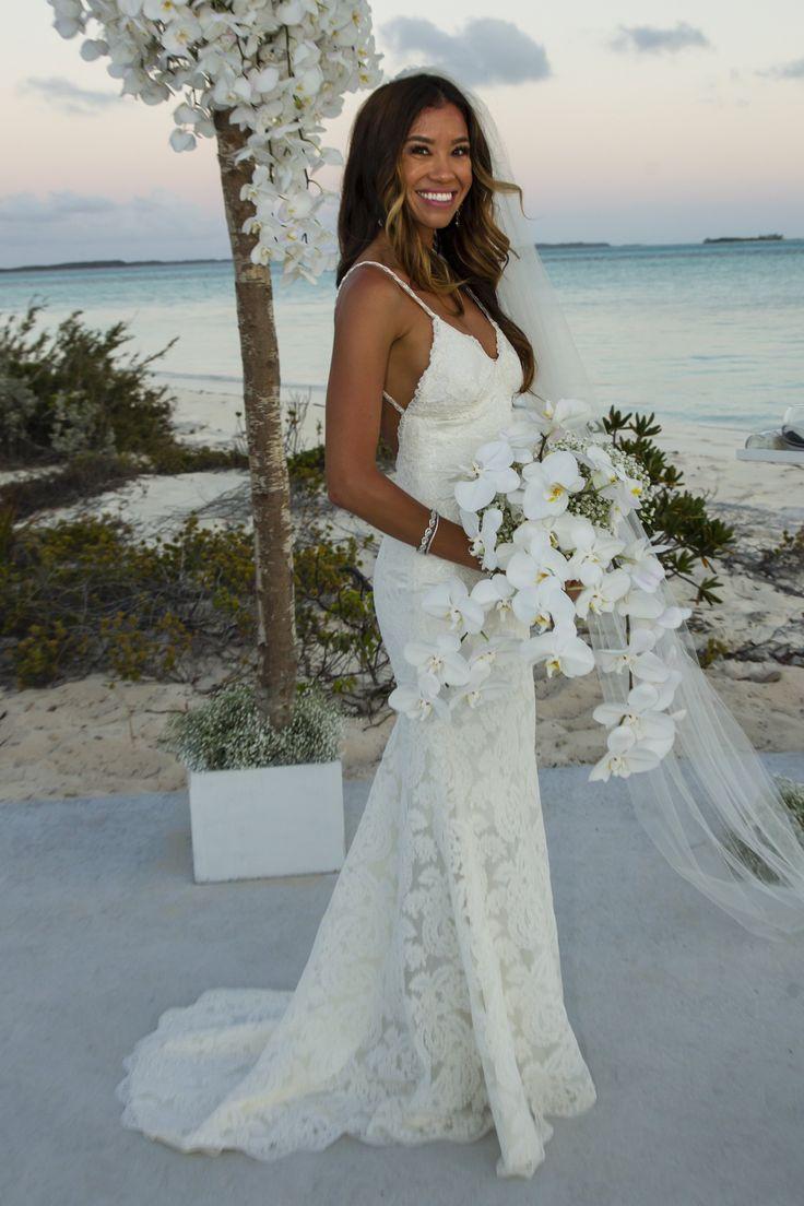 hawaiian beach wedding dresses photo - 1