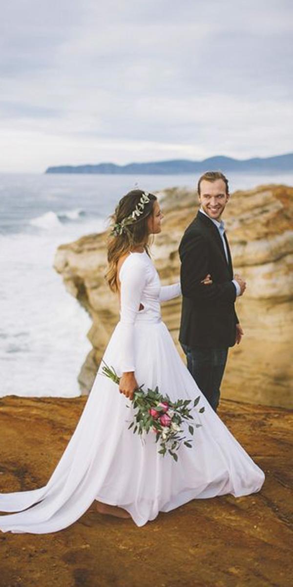 hawaiian wedding dresses with sleeves photo - 1