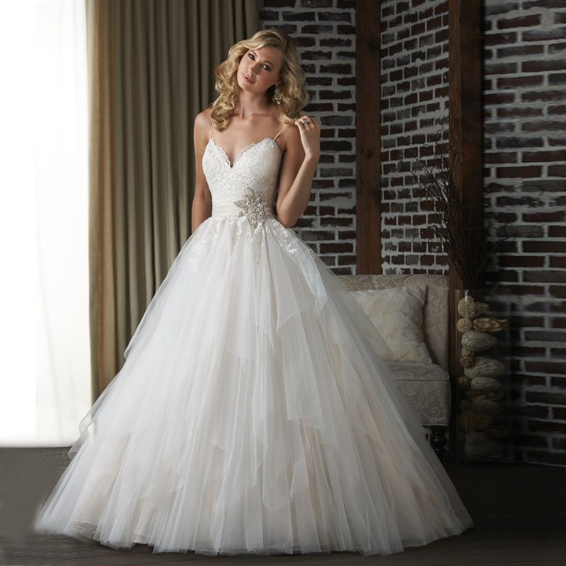 heart shaped wedding dresses photo - 1