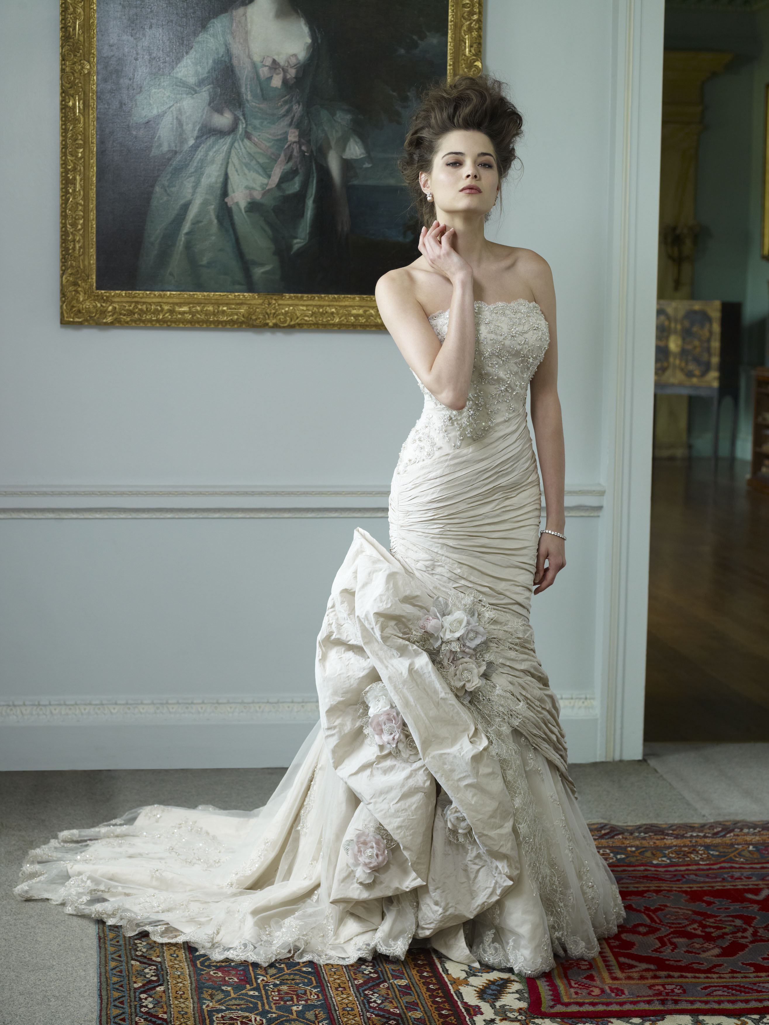 ian stuart wedding dresses photo - 1