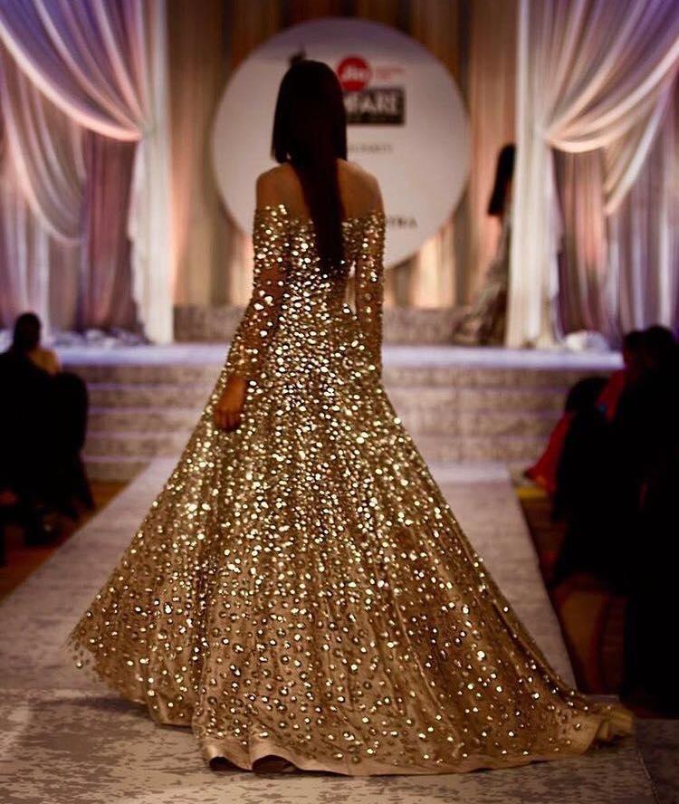 indian wedding dresses for bride photo - 1