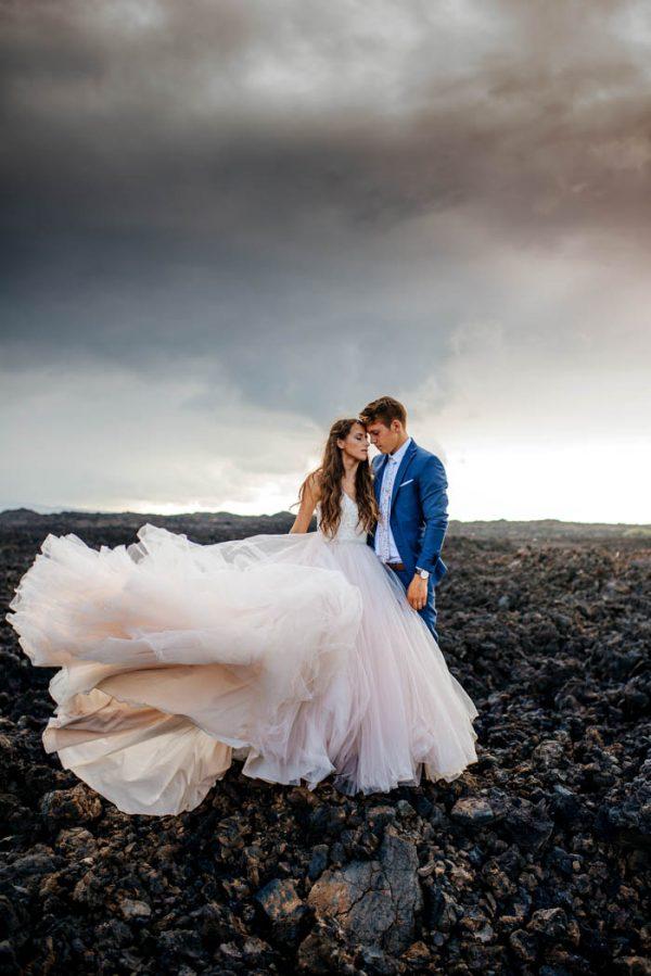 island wedding dresses photo - 1