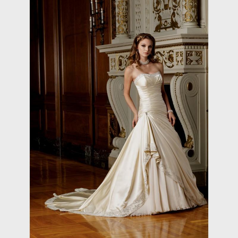 ivory and gold wedding dresses photo - 1