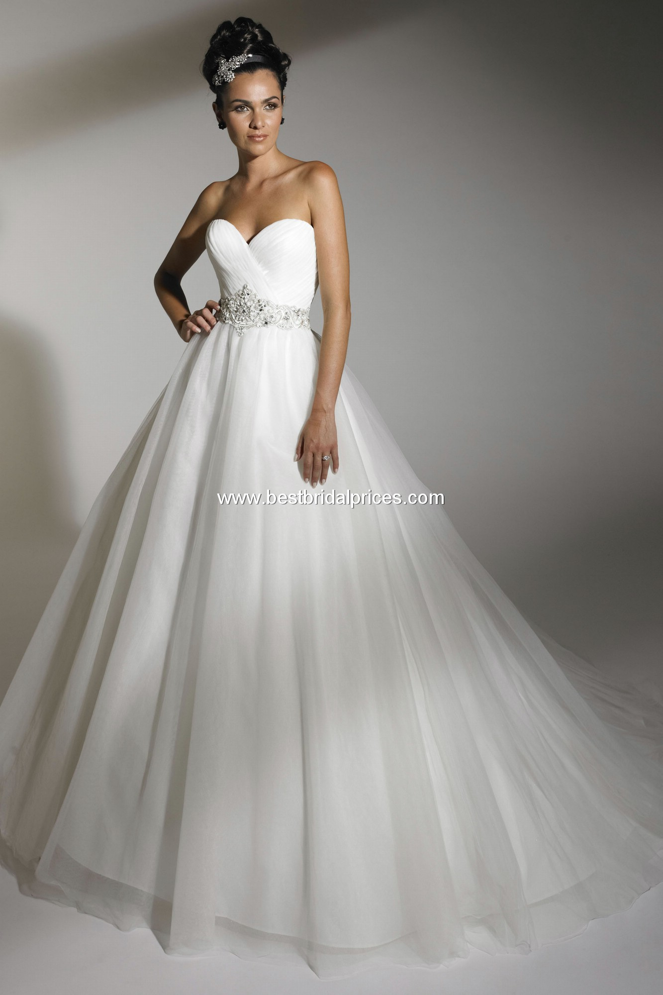 jacquelin exclusive wedding dresses photo - 1