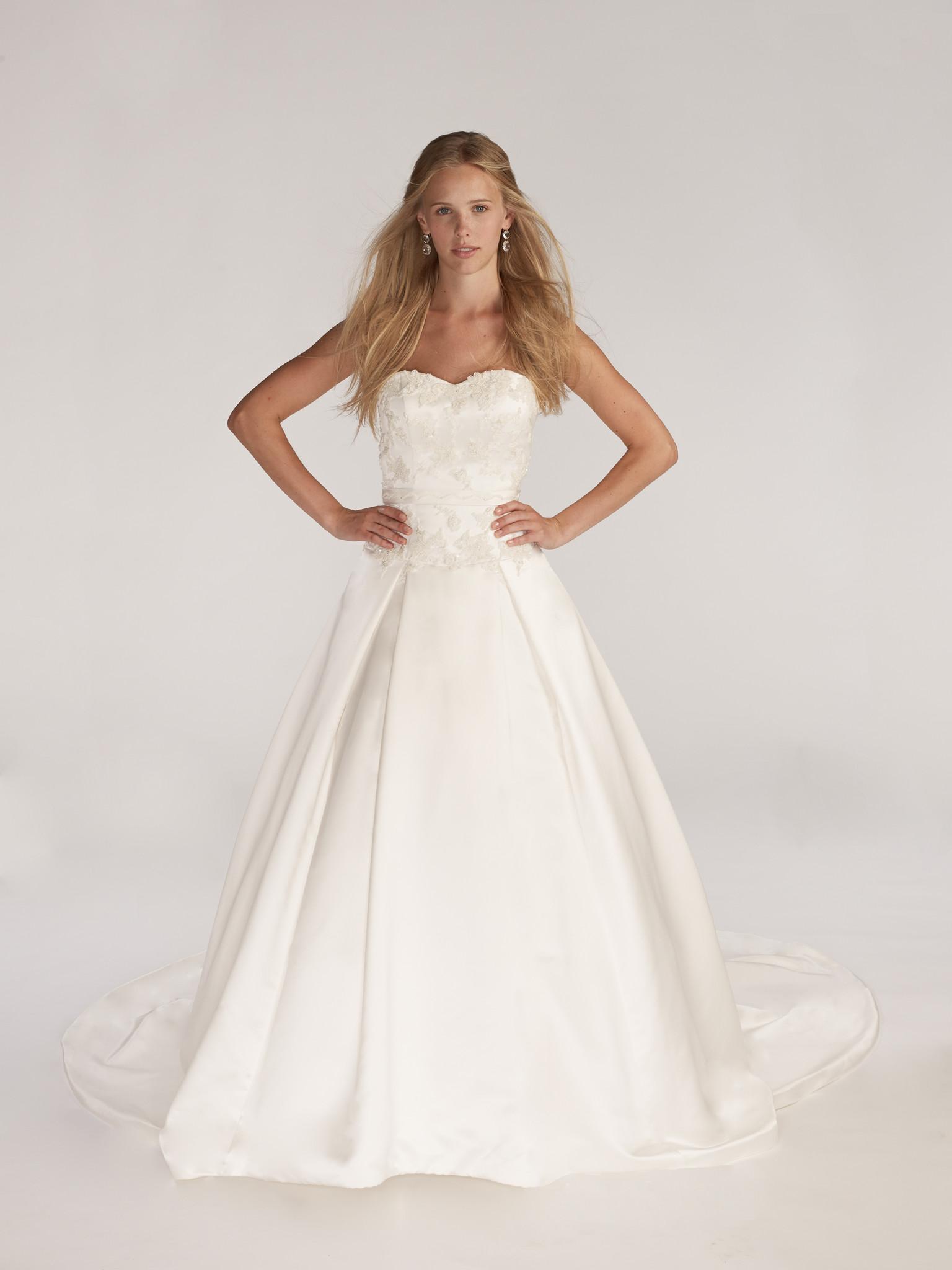 kirstie kelly wedding dresses photo - 1