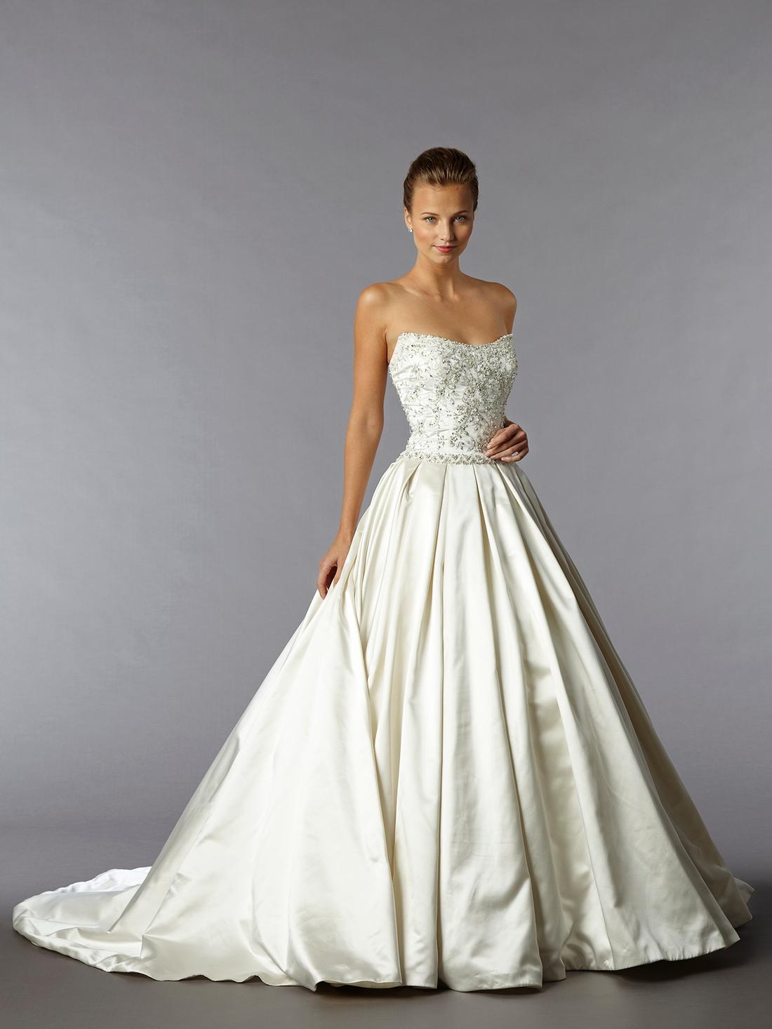 kleinfelds wedding dresses photo - 1