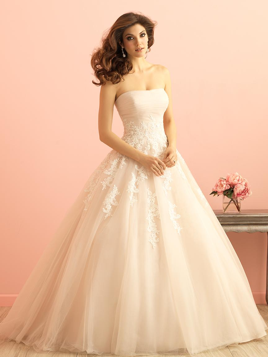lace ivory wedding dresses photo - 1
