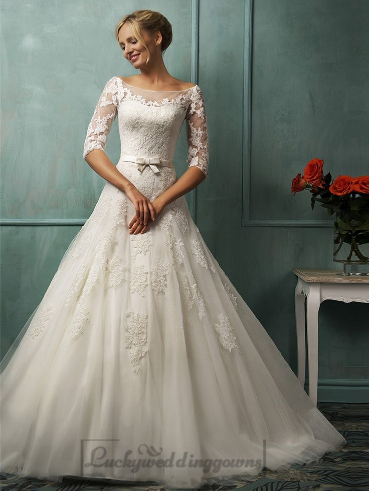 lace keyhole back wedding dresses photo - 1