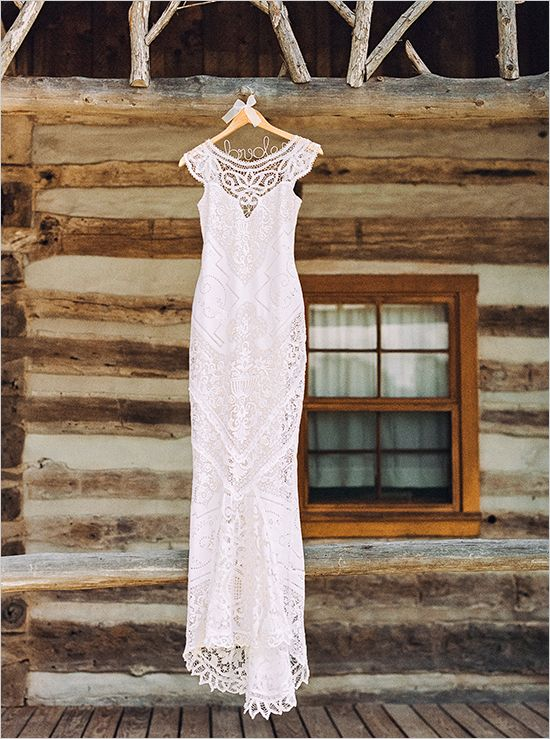 lace rustic wedding dresses photo - 1