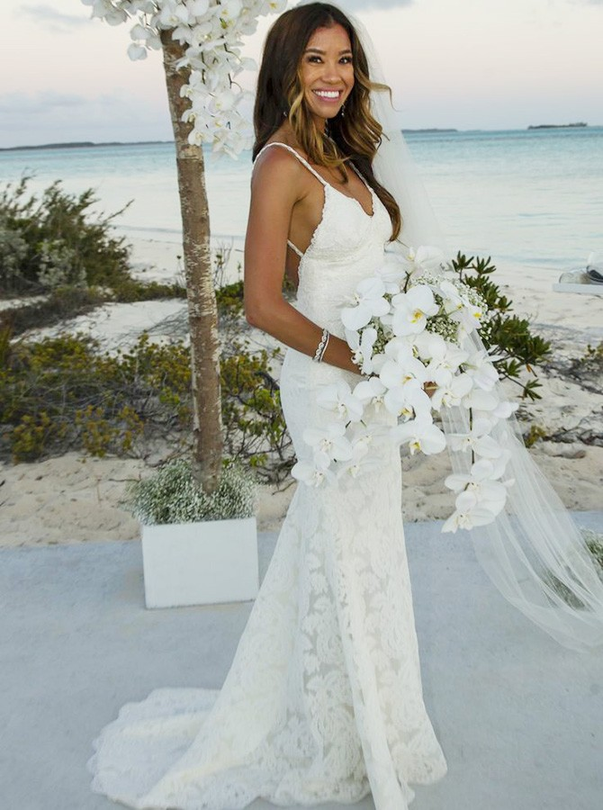 lace strap wedding dresses photo - 1