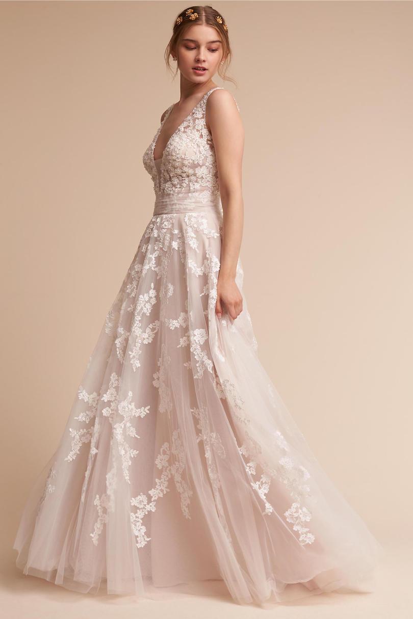 lace up wedding dresses photo - 1