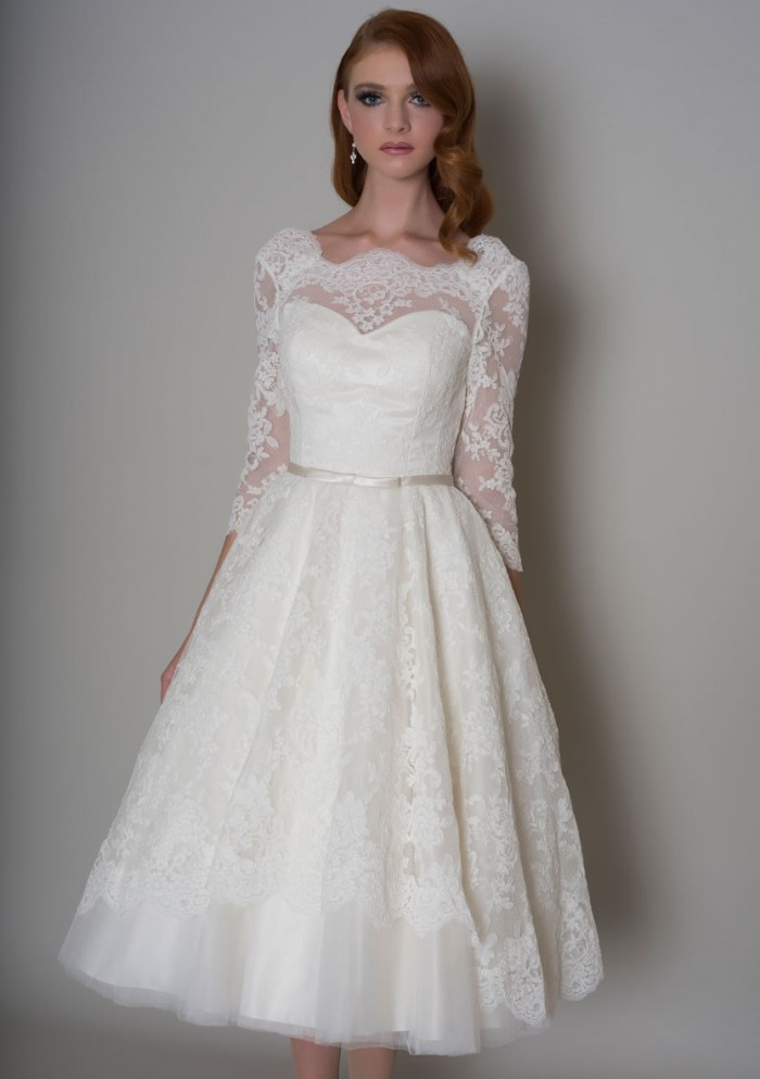 lace wedding dresses with sleeves and open back photo - 1