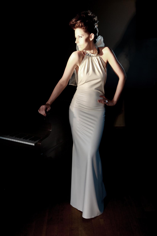 latex wedding dresses photo - 1
