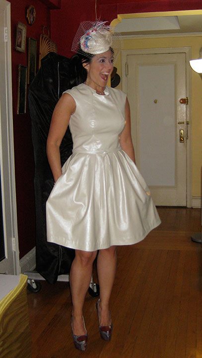 leather wedding dresses photo - 1