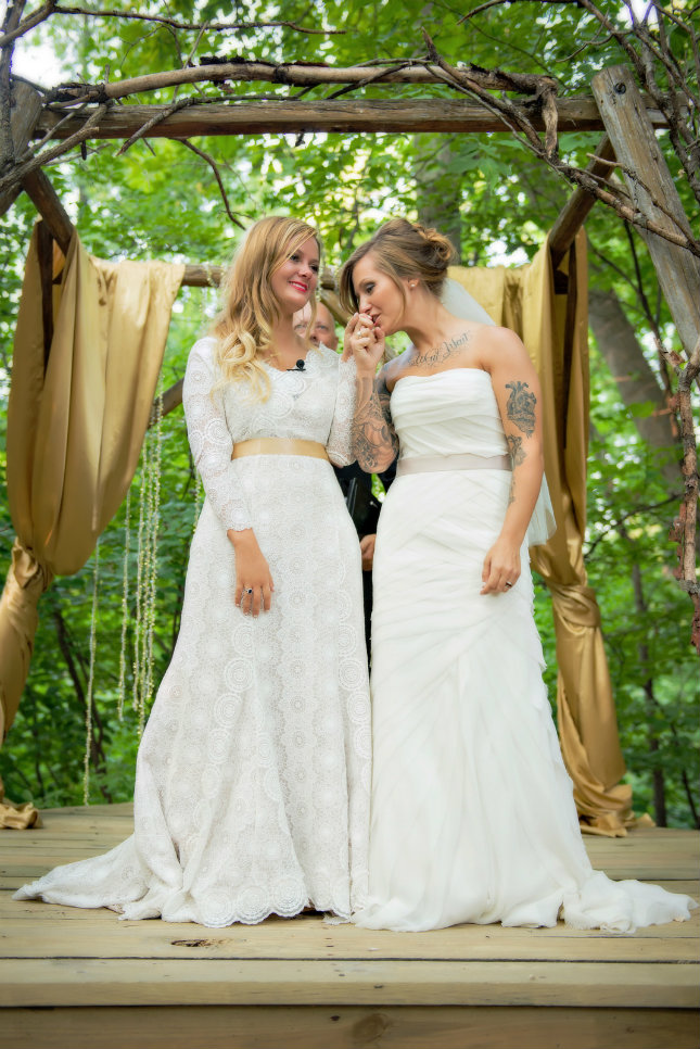 lesbian wedding dresses photo - 1