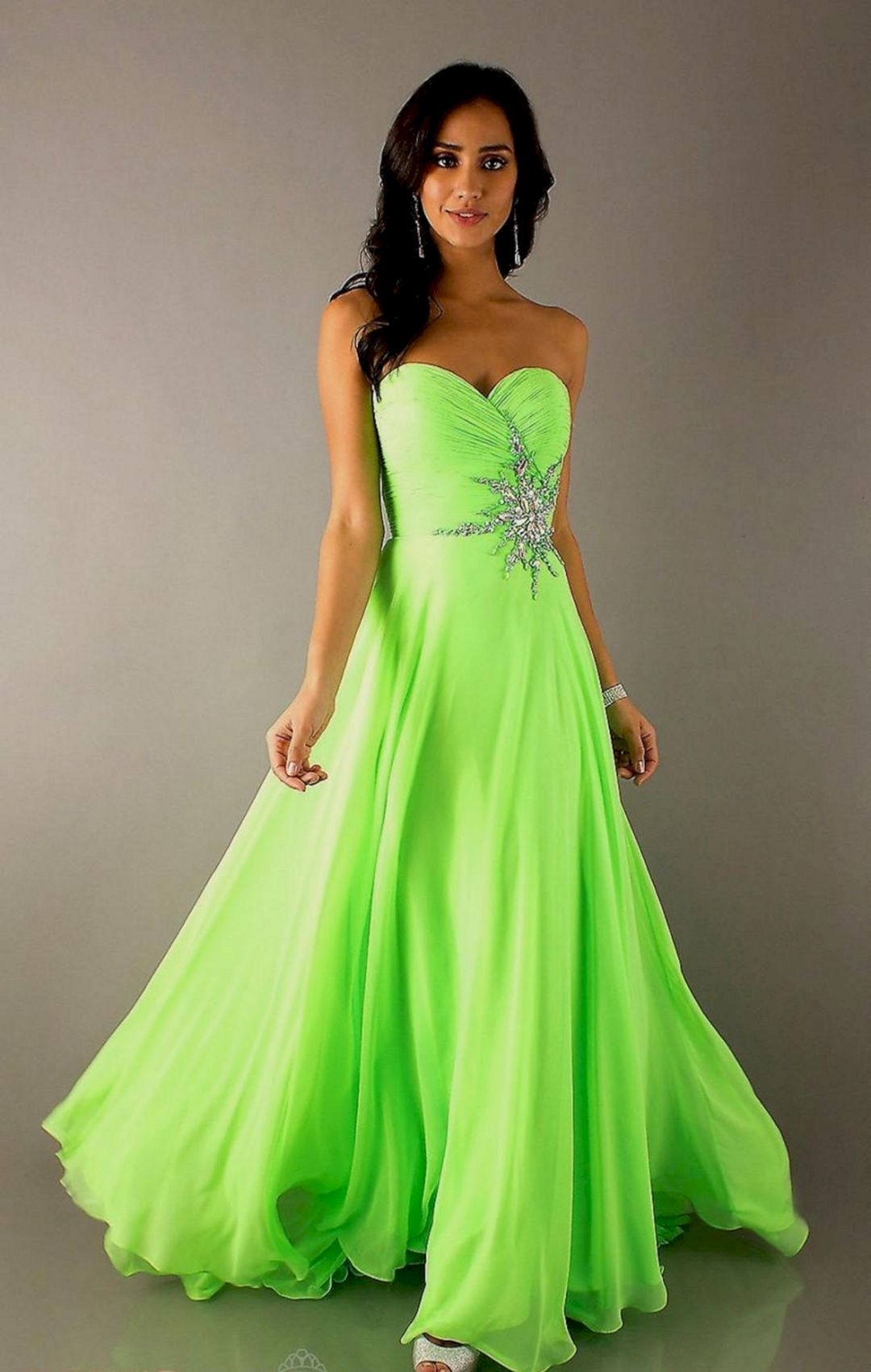lime green and white wedding dresses photo - 1