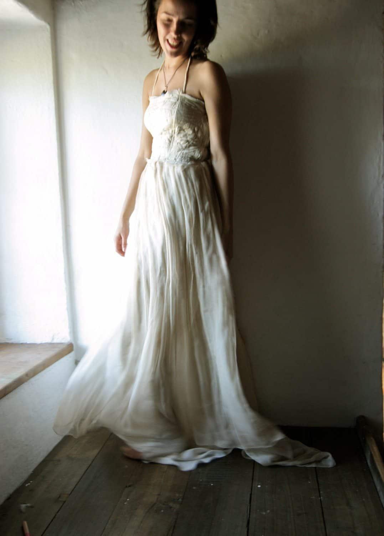 long sleeve bohemian wedding dresses photo - 1