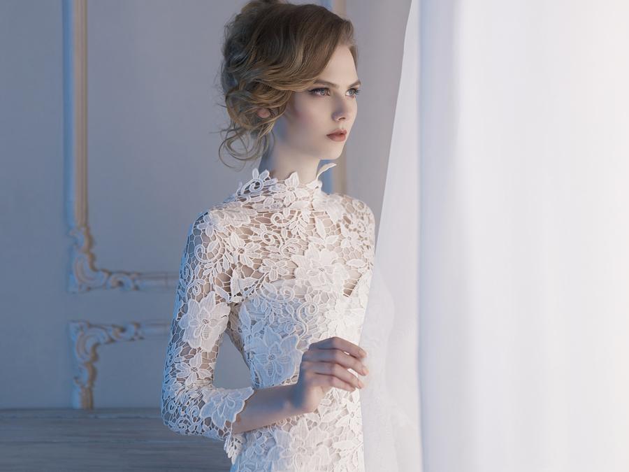 long sleeve simple wedding dresses photo - 1