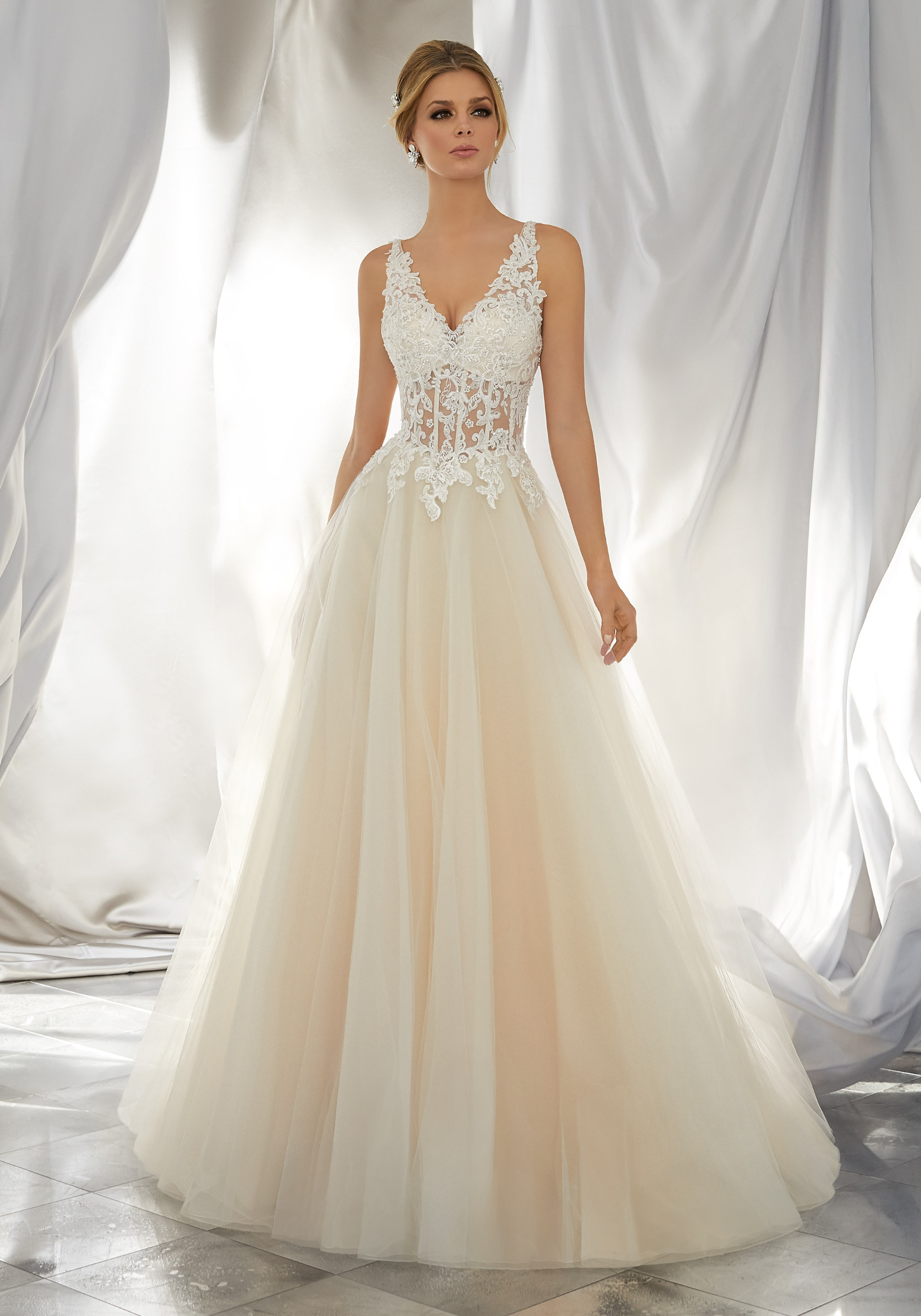 long sleeve vintage wedding dresses photo - 1